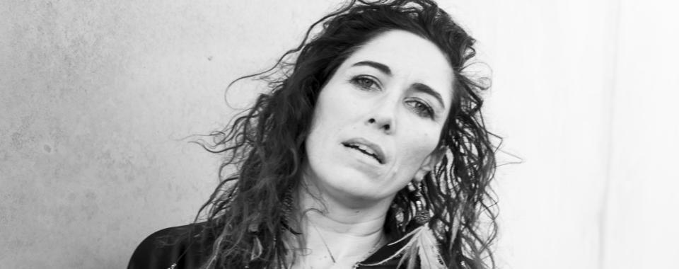 Áine Tyrrell - Irish Troubadour   Galway Film Fleadh